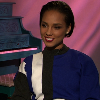 Video Interview With Alicia Keys About Her Skin