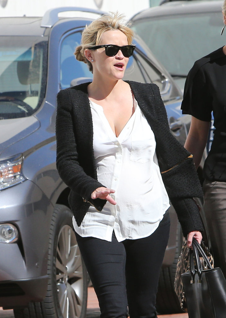 Reese Witherspoon got caught in a wind storm.