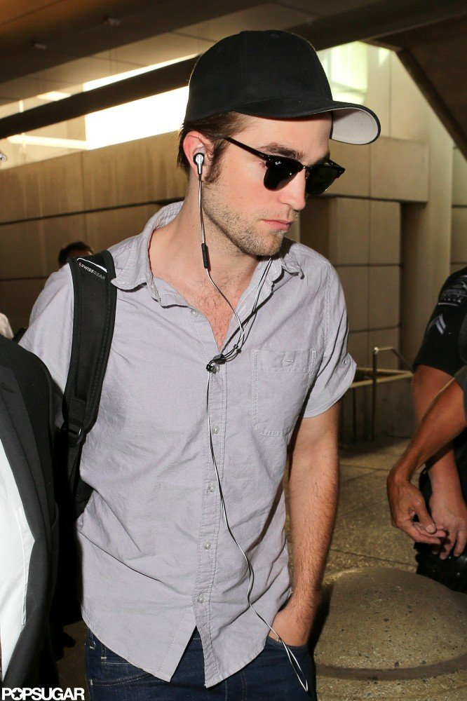 Robert Pattinson arrived at LAX Airport.
