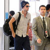 Robert Pattinson Leaves Sydney | Pictures