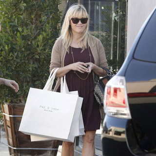Reese Witherspoon Shopping at Rag & Bone in LA | Pictures
