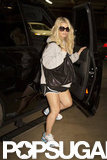Jessica Simpson carried a black bag to the gym.