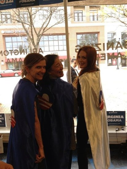 Julianne Moore mixed Halloween playfulness into her efforts to reelect President Obama while campaigning in Virginia.  Source: Twitter user _juliannemoore
