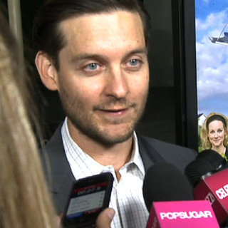 Tobey Maguire Discusses Leonardo DiCaprio | Video