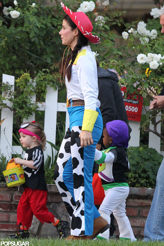 Sandra and Louis Are a Picture-Perfect Pixar Pair For Halloween