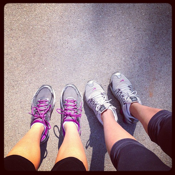 These friends skipped bonding over brunch and chose a morning run instead. Source: Instagram user brookewjohnson