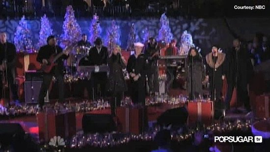 Jessica Simpson Sings at Rockefeller Tree Lighting
