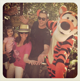 Tiffani Thiessen joined her family on a trip to Disneyland this week —and stopped to visit with Tigger and the gang. Source: Instagram user tathiessen