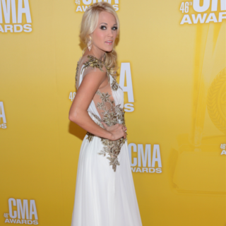 See Taylor Swift and Carrie Underwood glam gowns at the CMAs