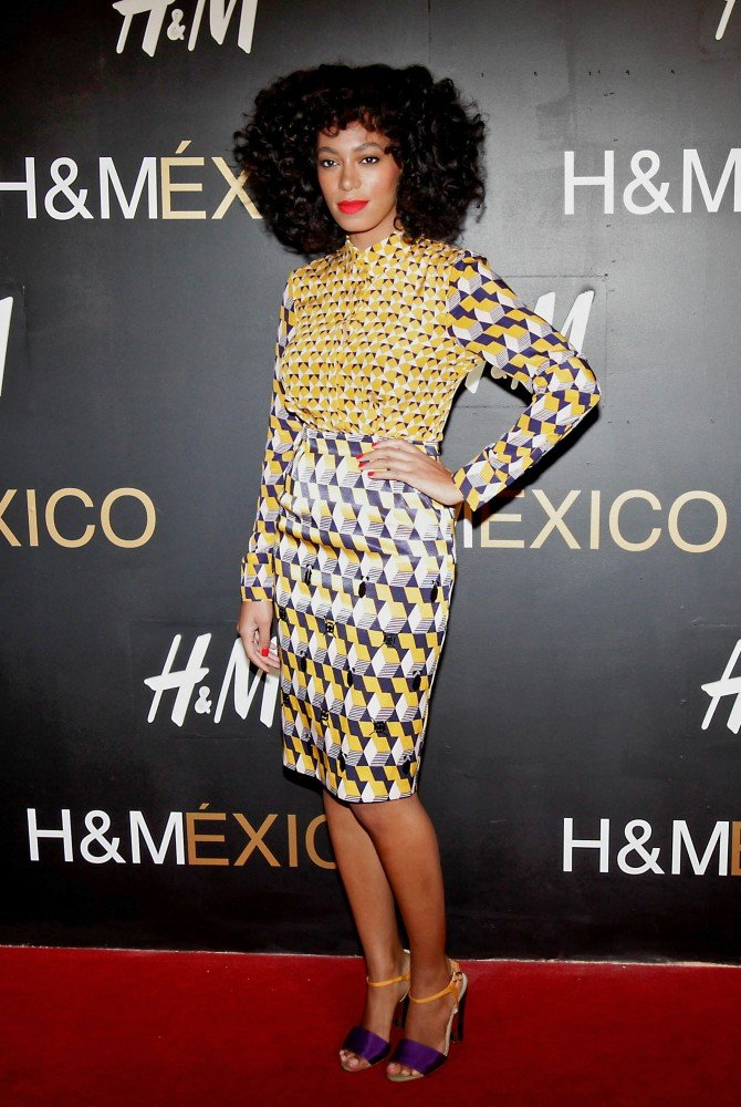 Solange Knowles celebrated with H&M in Santa Fe and dressed for the event in a printed H&M blouse and skirt set.