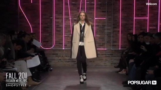 DKNY 2011 New York Fashion Week Runway