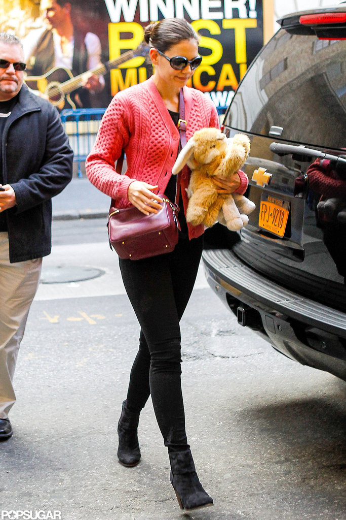 Katie Holmes carried one of Suri Cruise's stuffed animals.