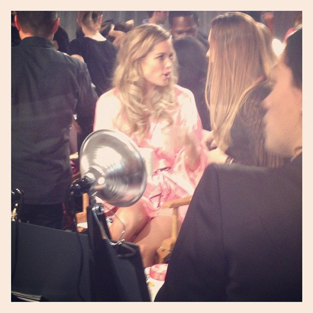 Doutzen Kroes found herself in the spotlight backstage. Source: Instagram user popsugar