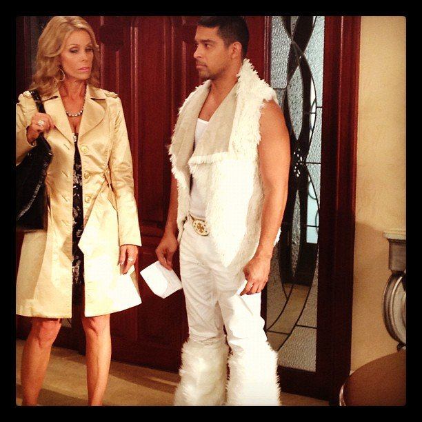 Wilmer Valderrama sported an interesting outfit for his guest stint on Suburgatory. Source: Instagram user harlyharly