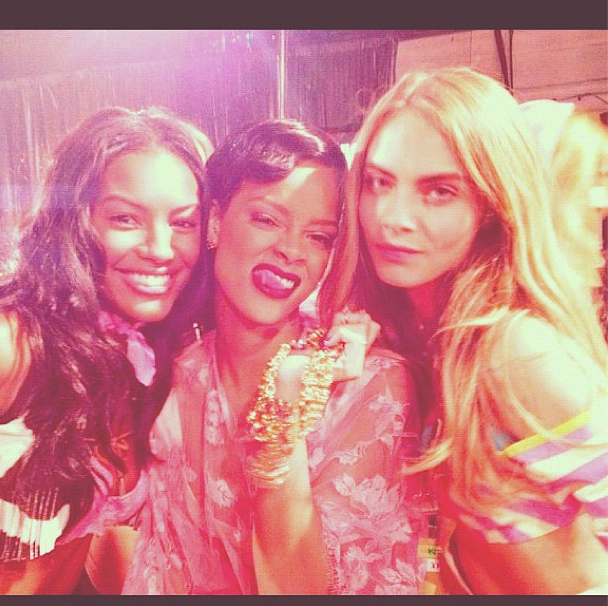 Rihanna hung out backstage with models.  Source: Instagram user badgalriri