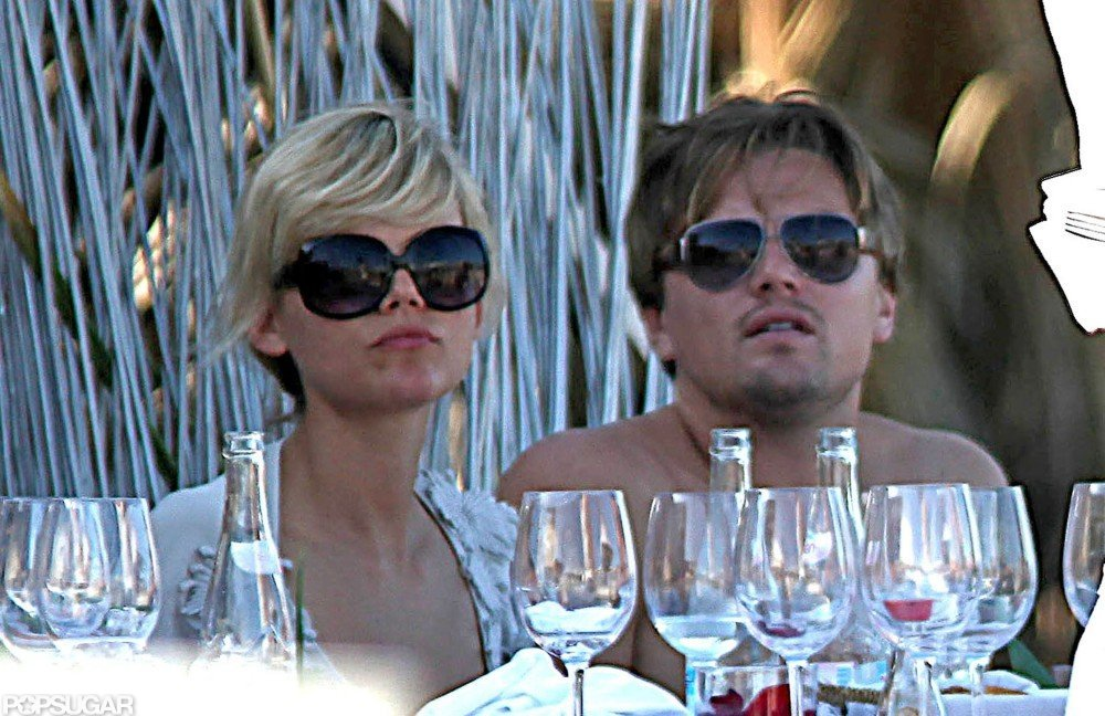 After splitting from Bar Refaeli in August 2009, Leonardo DiCaprio found the company of a gorgeous blonde in Ibiza.