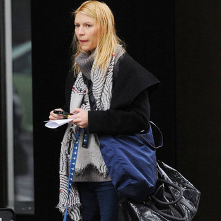 Pregnant Claire Danes Walking Her Dog in NYC