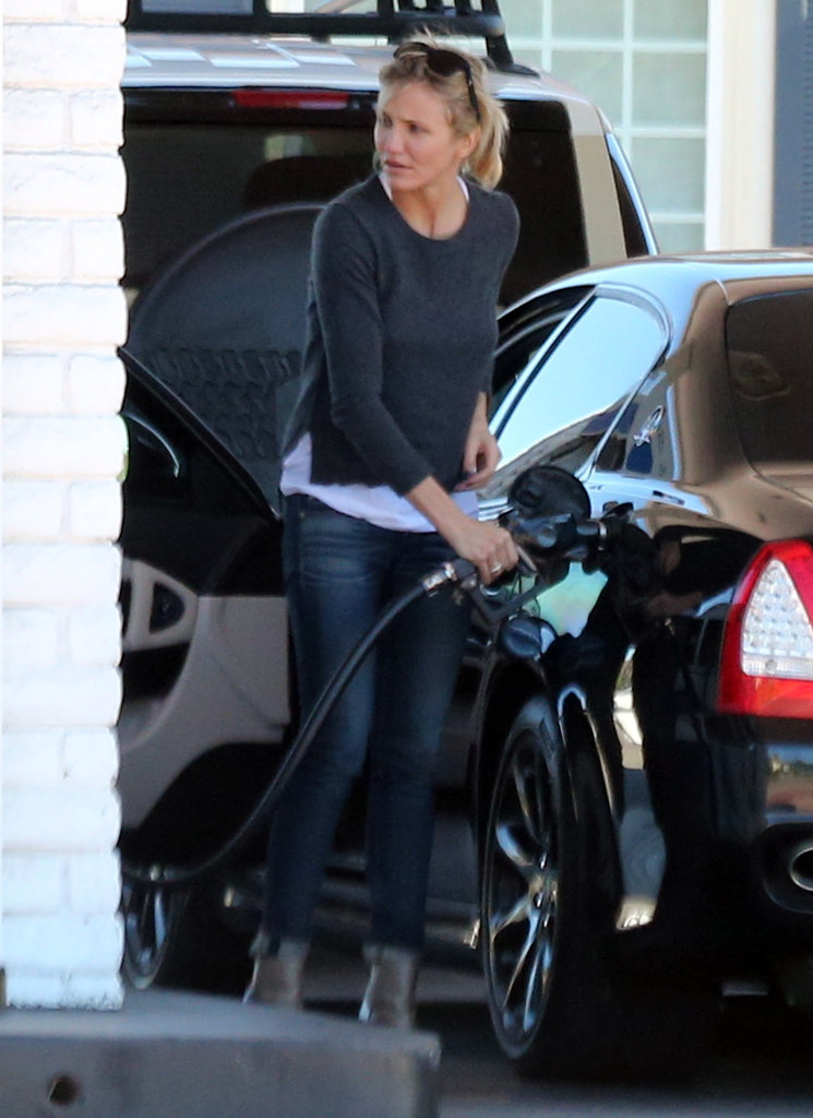 Cameron Diaz stopped for gas.
