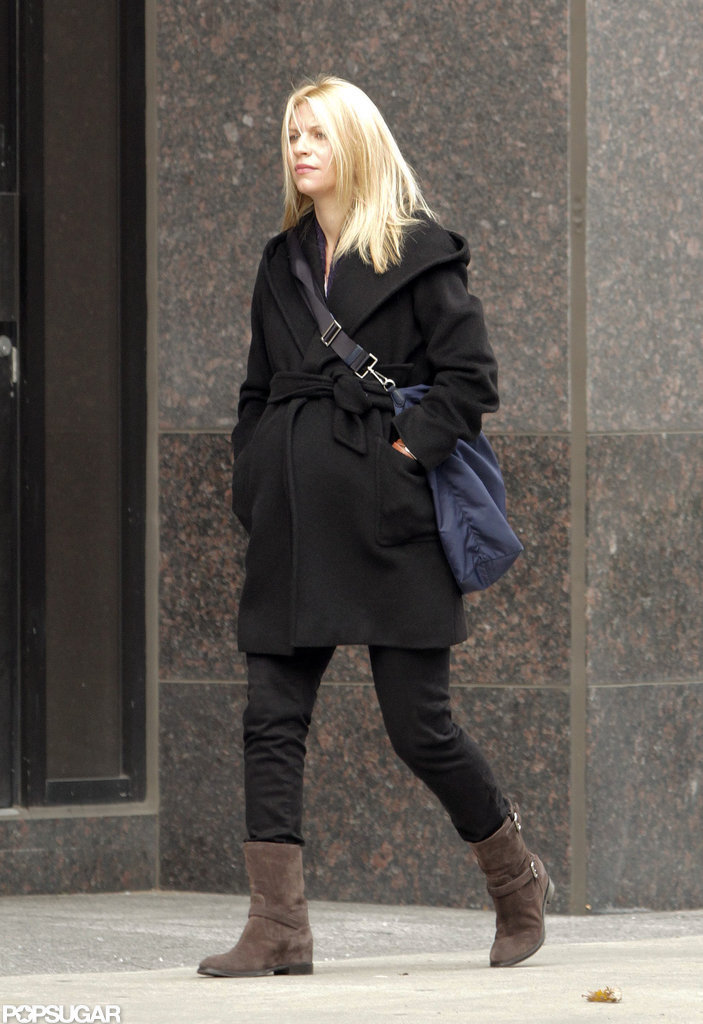 A pregnant Claire Danes looked stylish in Toronto as she went shopping.