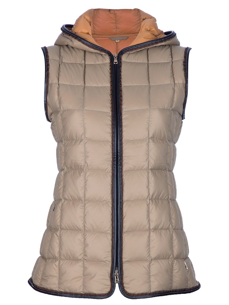 It's quilted, two-toned, and — oh yeah — reversible, too. We'd say we're sold on this Fay padded gilet ($514).