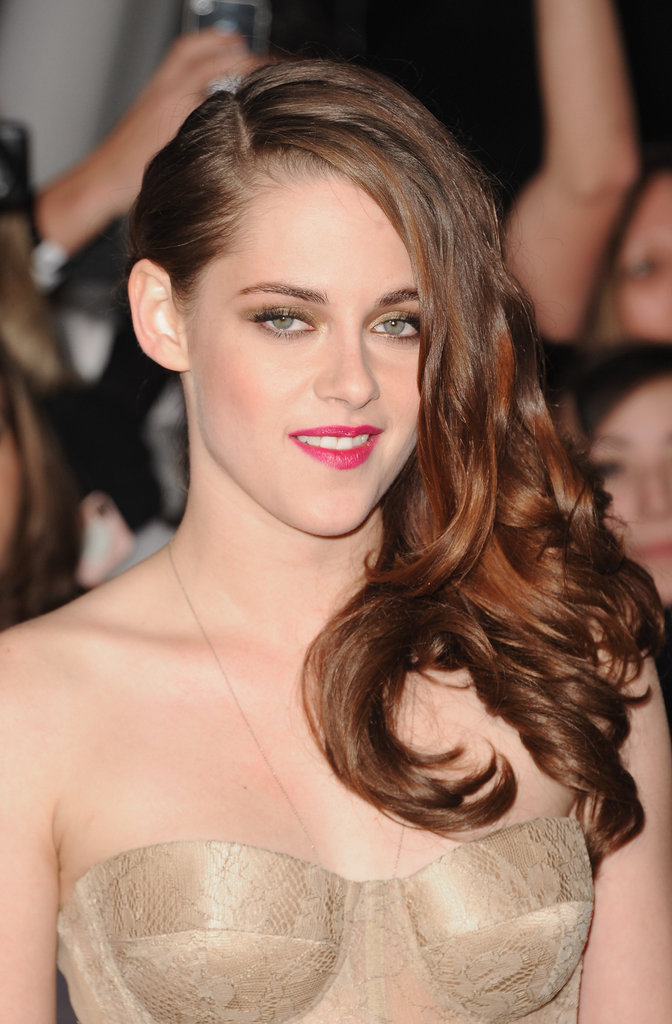 Kristen Stewart's Twilight World Premiere Beauty Look: Get Up Close