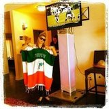 Fergie spent a day of Sunday watching football and showing her pride for the Miami Dolphins. Source: Twitter user Fergie
