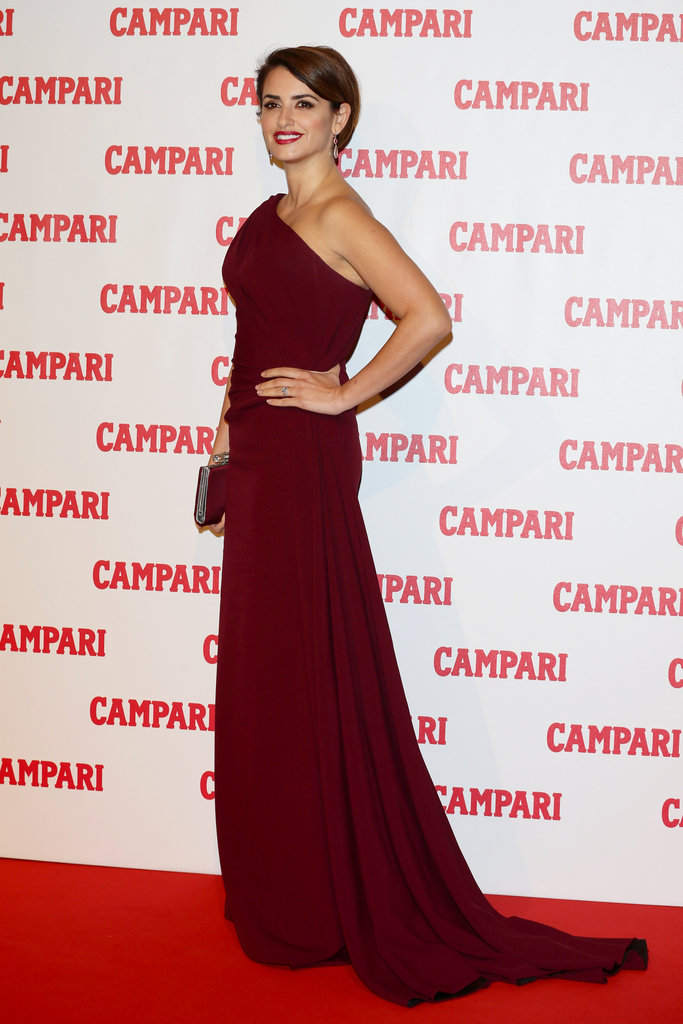 Penelope Cruz posed at her Campari calendar cocktail party.