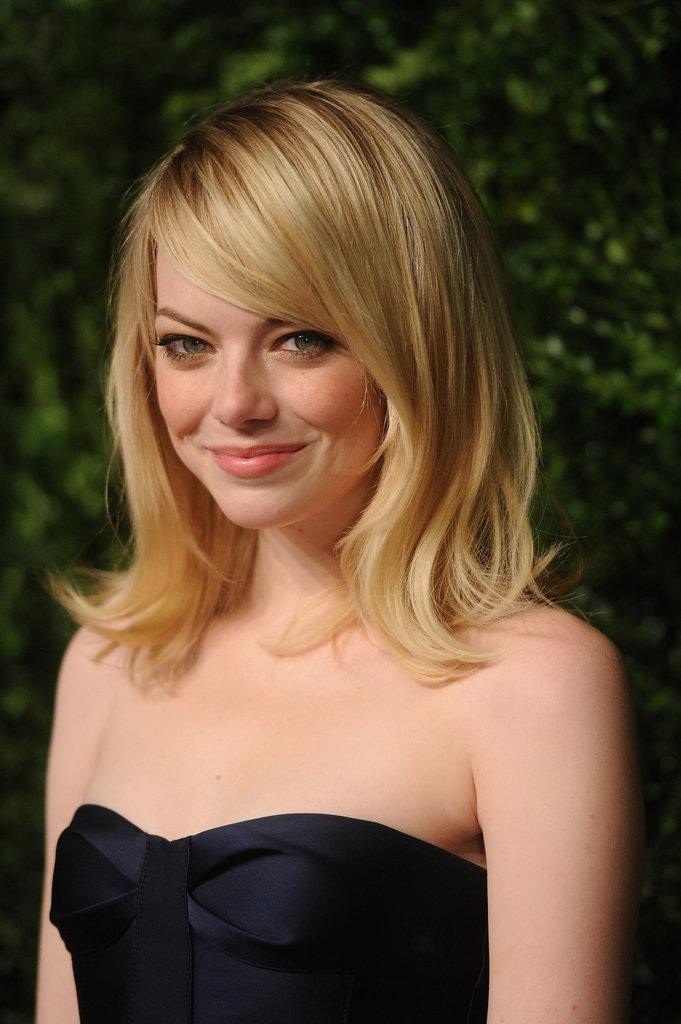 Emma Stone smiled at the awards in NYC.