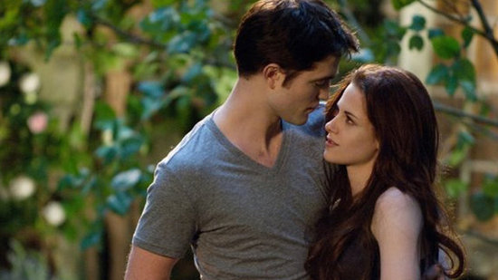Watch, Pass, or Rent Video Movie Revew: Breaking Dawn Part 2