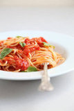 Three-Ingredient Tomato Sauce With Spaghetti