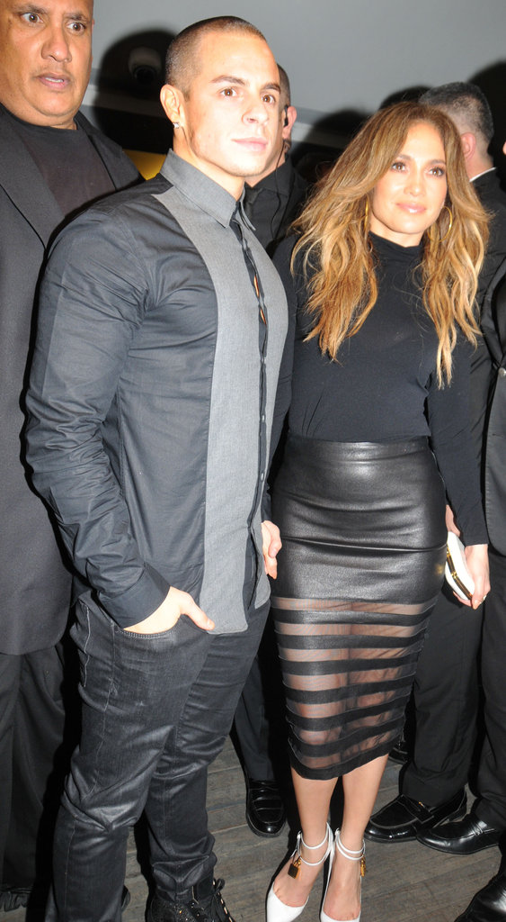 Jennifer Lopez and Casper Smart took a quick picture.