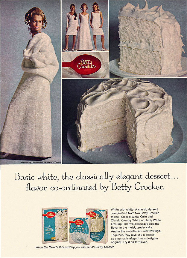White on white: just as boring on a cake as on your body.