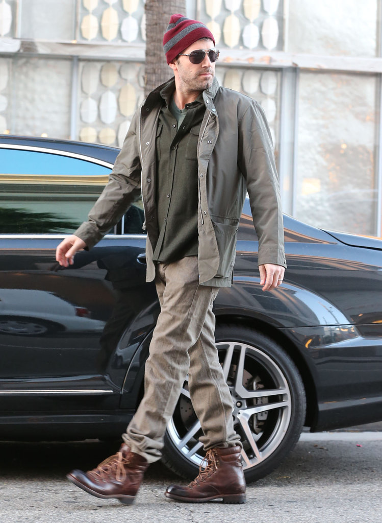 Ben Affleck made his way to his car in Beverly Hills.