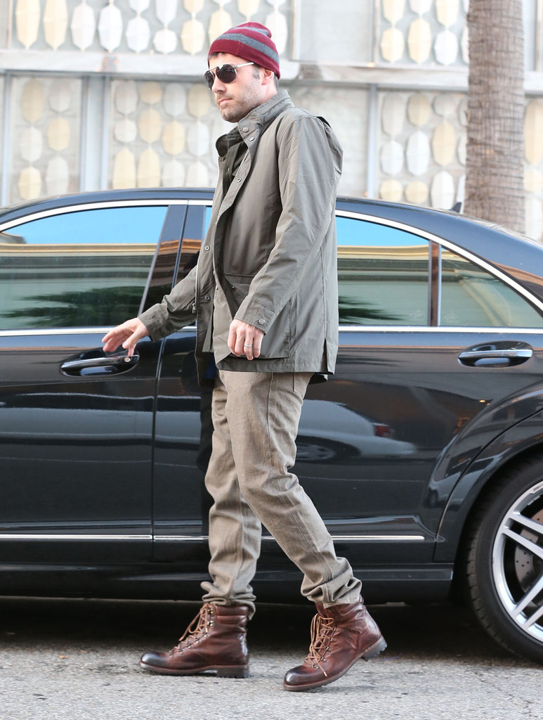 Ben Affleck put on a pair of boots to do some shopping.