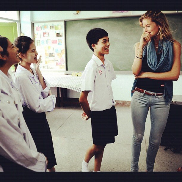 Doutzen Kroes visited with children in Thailand.  Source: Instagram User DoutzenKroes1