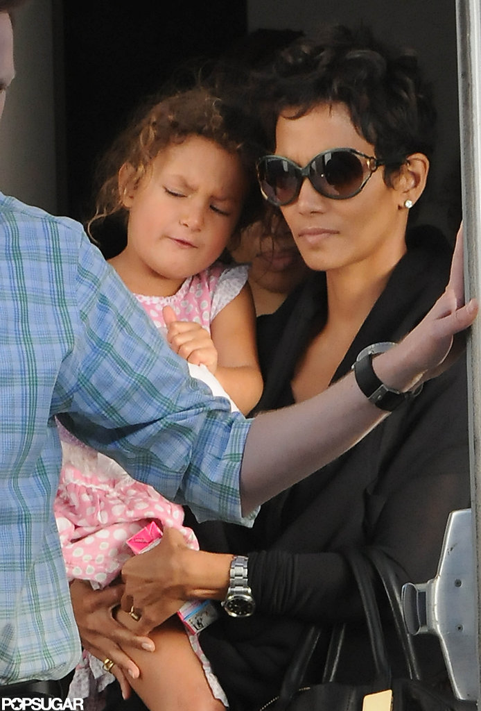 Nahla Aubry was in the arms of her mom Halle Berry for the Yo Gabba Gabba show in LA.