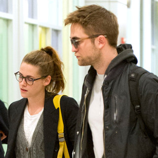 Robert Pattinson And Kristen Stewart At Airport Together