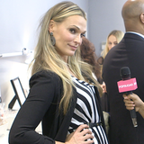 Molly Sims Beauty Advice & Tips: How To Look Good In Photos