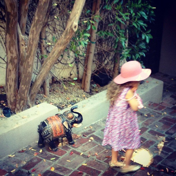"Joel Madden caught his ""lil lady"" Harlow walking outside.  Source: Instagram user joelmadden"