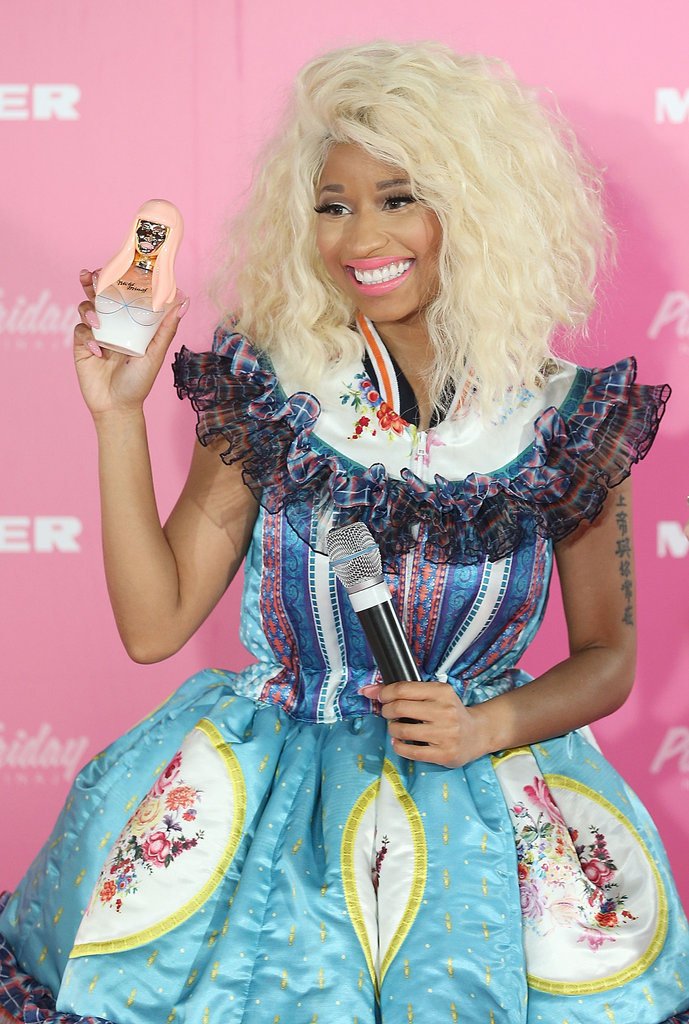 Nicki Minaj hit Australia, and celebrated the launch of her new perfume at Myer Sydney City, on November 29.
