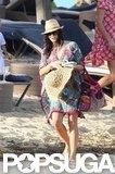 Jenna Dewan carried a hat.