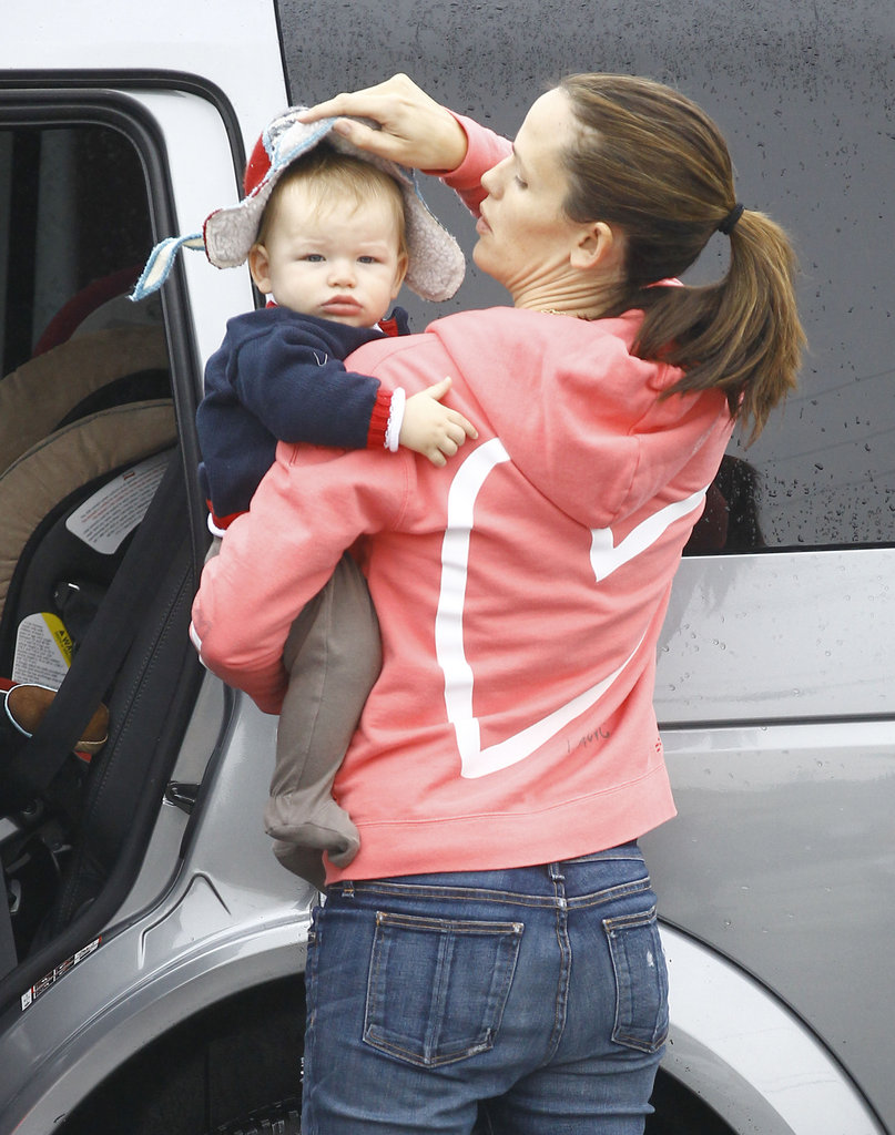 Jennifer Garner put Samuel's hat on.