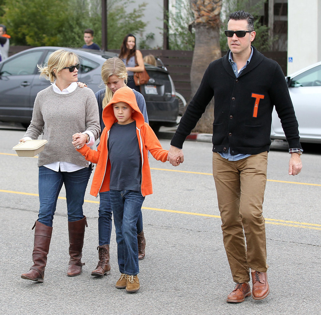 Reese Witherspoon and Jim Toth held hands with Deacon Phillippe as Ava Phillippe followed close behind in LA.
