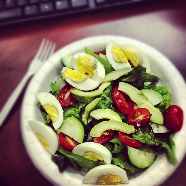This reader knows that one of the easiest ways to stay healthy at work is to always bring your own lunch.  Source: Instagram user jenwen80