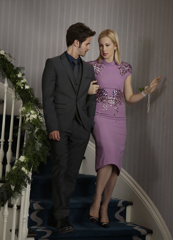 Connor Paolo as Eric and Kelly Rutherford as Lily on Gossip Girl.