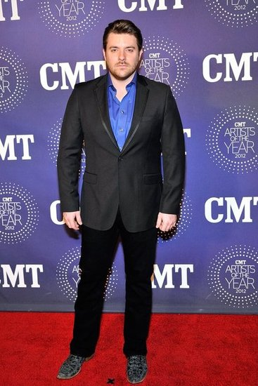 Chris Young suited up for last night's event.