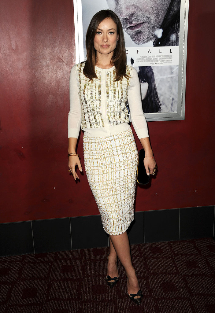 Olivia Wilde's L'Wren Scott look offers a chic alternative to the overwhelmingly sparkly holiday options.
