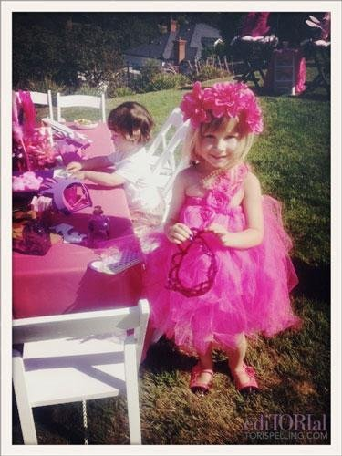 Stella McDermott Has a Princess Party
