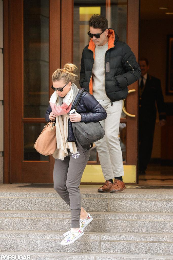 Scarlett Johansson and Romain Dauriac left their hotel.