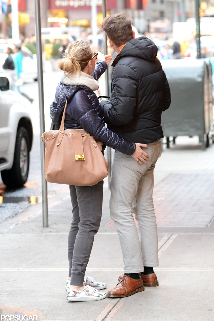 Scarlett Johansson Kisses Her New Man in NYC